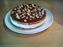 Caramel & hazelnut cheesecake