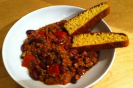 Two bean chilli & corn bread