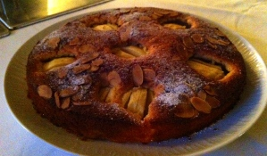 Apple and almond dessert cake