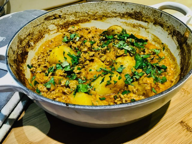 LAMB CURRY WITH POTATOES
