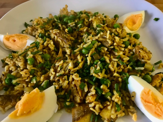 Konjac rice kedgeree
